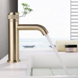 Bathroom Sink Faucet - Centerset Chrome,Electroplated,Painted Finishes Centerset Single Handle One HoleBath Faucet