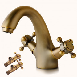 Bathroom Sink Faucet - Standard Antique Copper Deck Mounted Two Handles One HoleBath Faucet